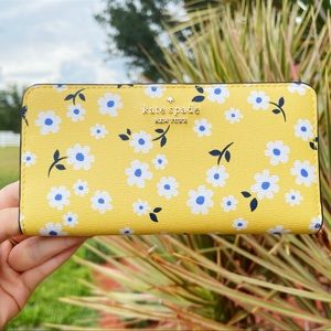 NWT Kate Spade ♠️ Yellow Floral Bifold Wallet